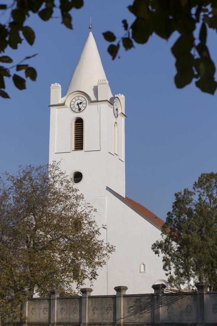 Kukkónia templomai