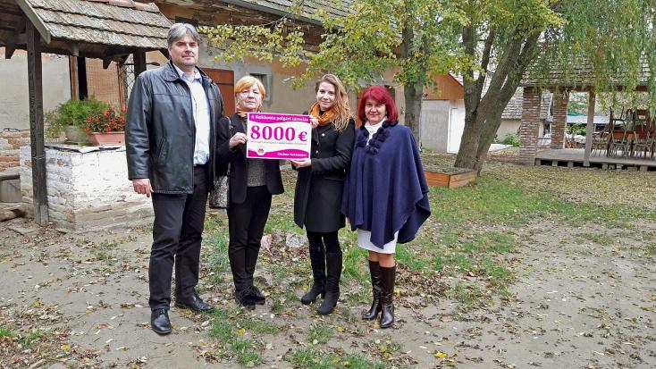 A Kukkonia polgári társulás8000 euróval támogatja a gútai tájház felújítását